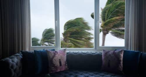 https://www.easyemergencyplan.com/wp-content/uploads/2021/08/House-Severe-Rainstorms-01-500x263.jpg